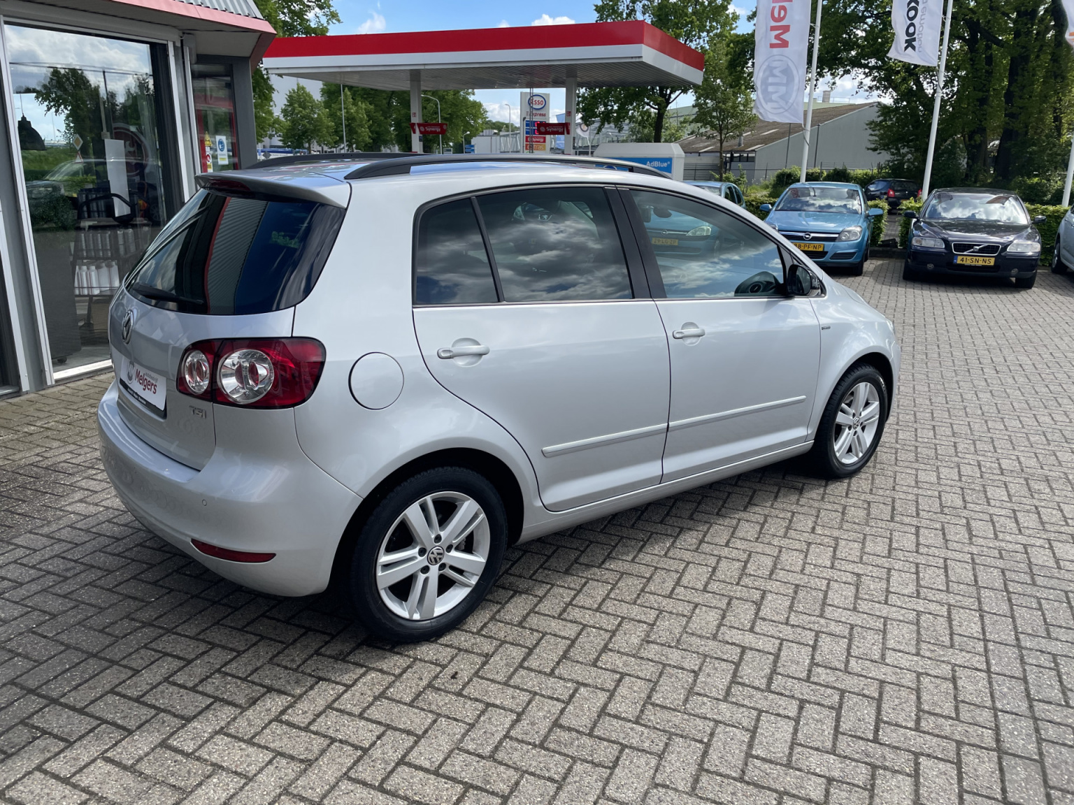 Volkswagen-Golf Plus-2